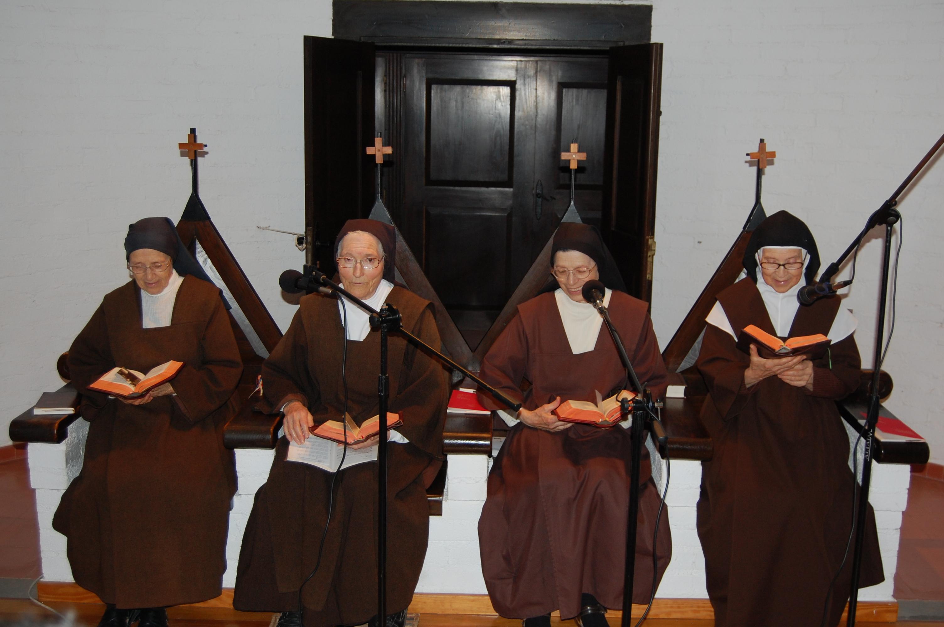 La madre superiora de las Carmelitas, en 'El andén'