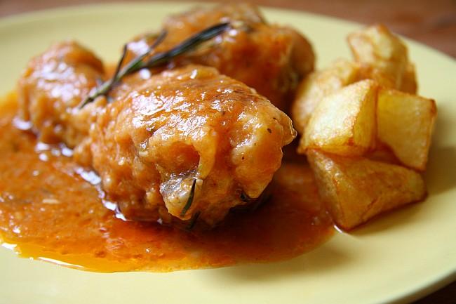 Pollo a la Pantoja, 'En la cocina'