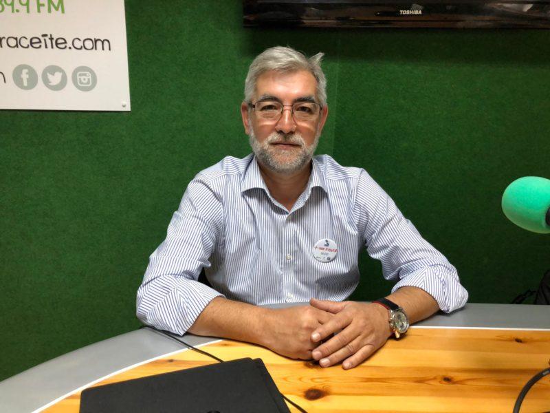 Albino Aneyros, presidente de la Casa de Galicia, en 'El andén'.